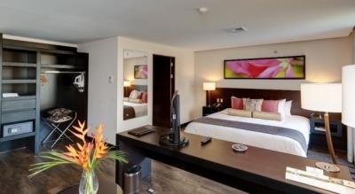 Studio Hotel - Hotels